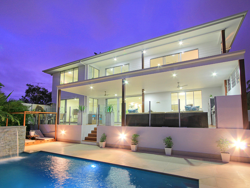 Family Holiday Home To Rent Gold Coast Deluxe On Water