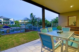 Holiday Home on the Gold Coast – Unbeatable Value!