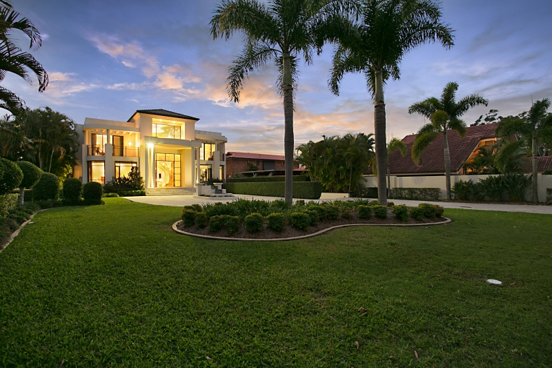 Grand-luxury-estate