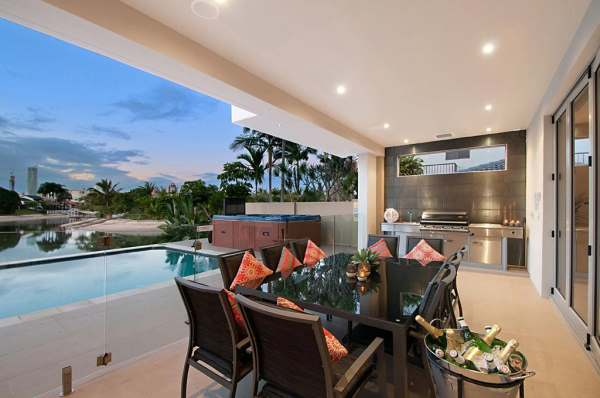 opulence-outdoor-dining