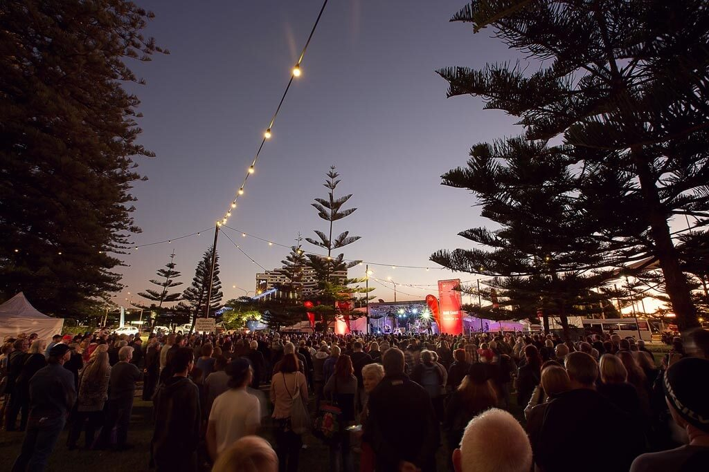 Image via www.bluesonbroadbeach.com