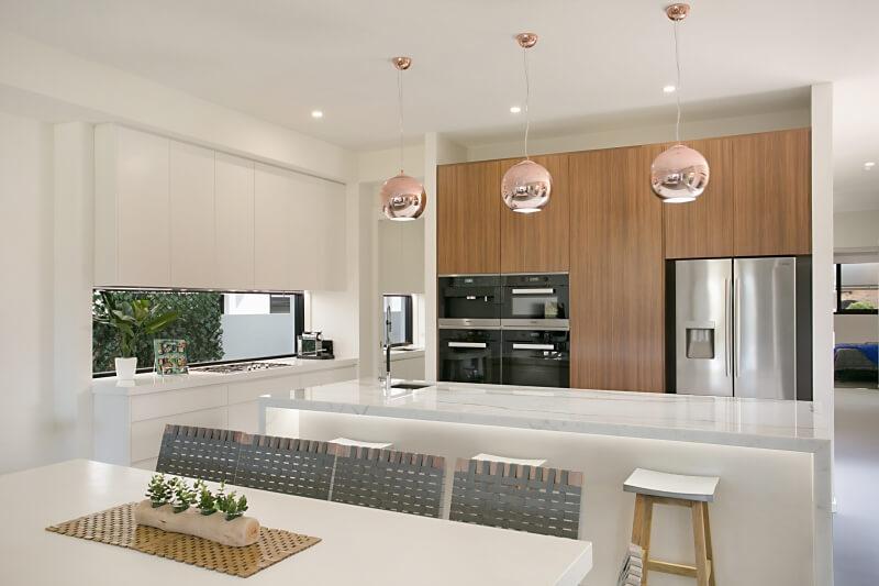 ile-au-soleil_kitchen