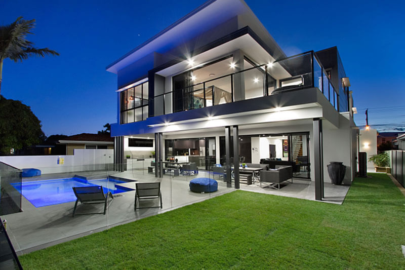 Luxury Gold Coast Holiday Homes